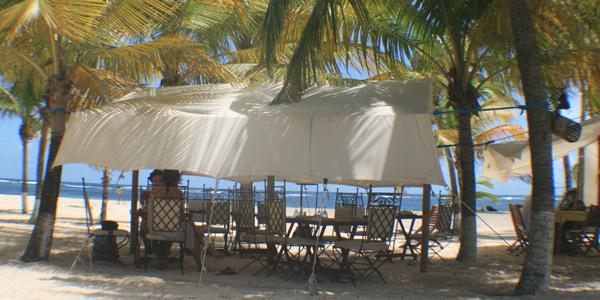 Les pieds dans le sable à La Désirade 97127 Guadeloupe
